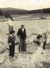 Výzkum u Tupadel 1952 - 1953